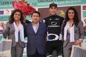 Noel Marin Infante ciclista profesional hace entrenamientos con Electroestimulación Deportiva. Entrena con electroestimulador